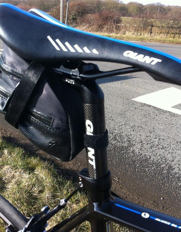 Giant-Defy-0-Carbon-Composite-Seatpost