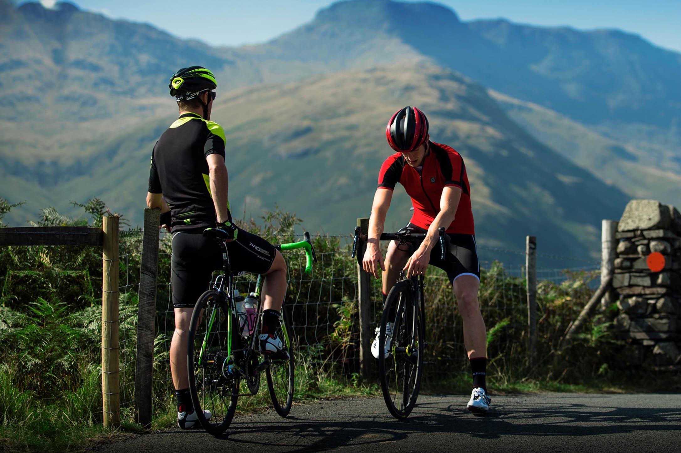 10 best road bikes under £1000