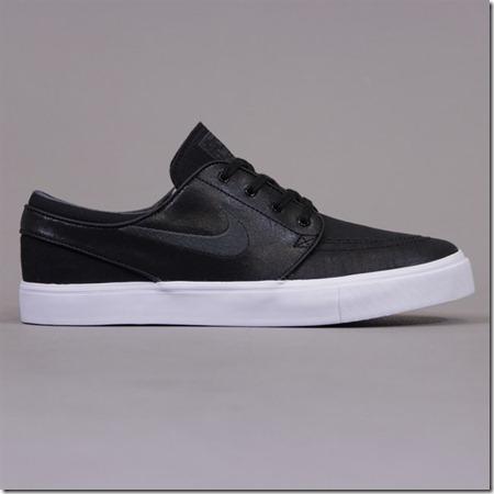 NikeJanBlkL