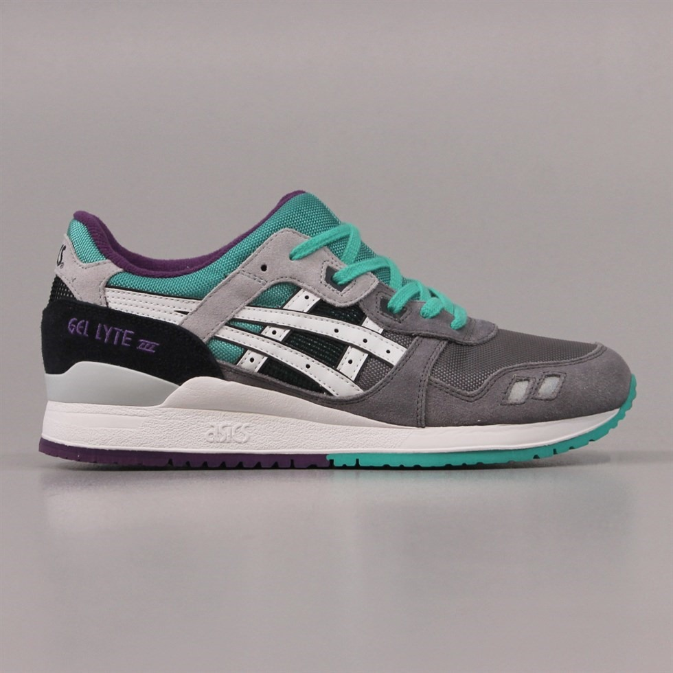 Asics Gel Lyte III Shoes in Grey and Purple