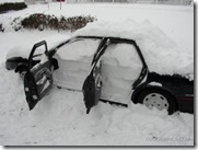 snowed_in_car