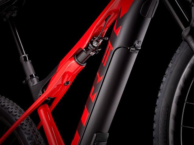 Trek E-Caliber IsoStrut rear suspension system
