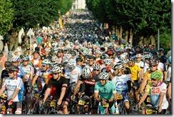 L'Etape du Tour 2015 - 19/07/2015 - Course - Saint-Jean-de-Maurienne / La Toussuire - Les Sybelles - Ambiance depart