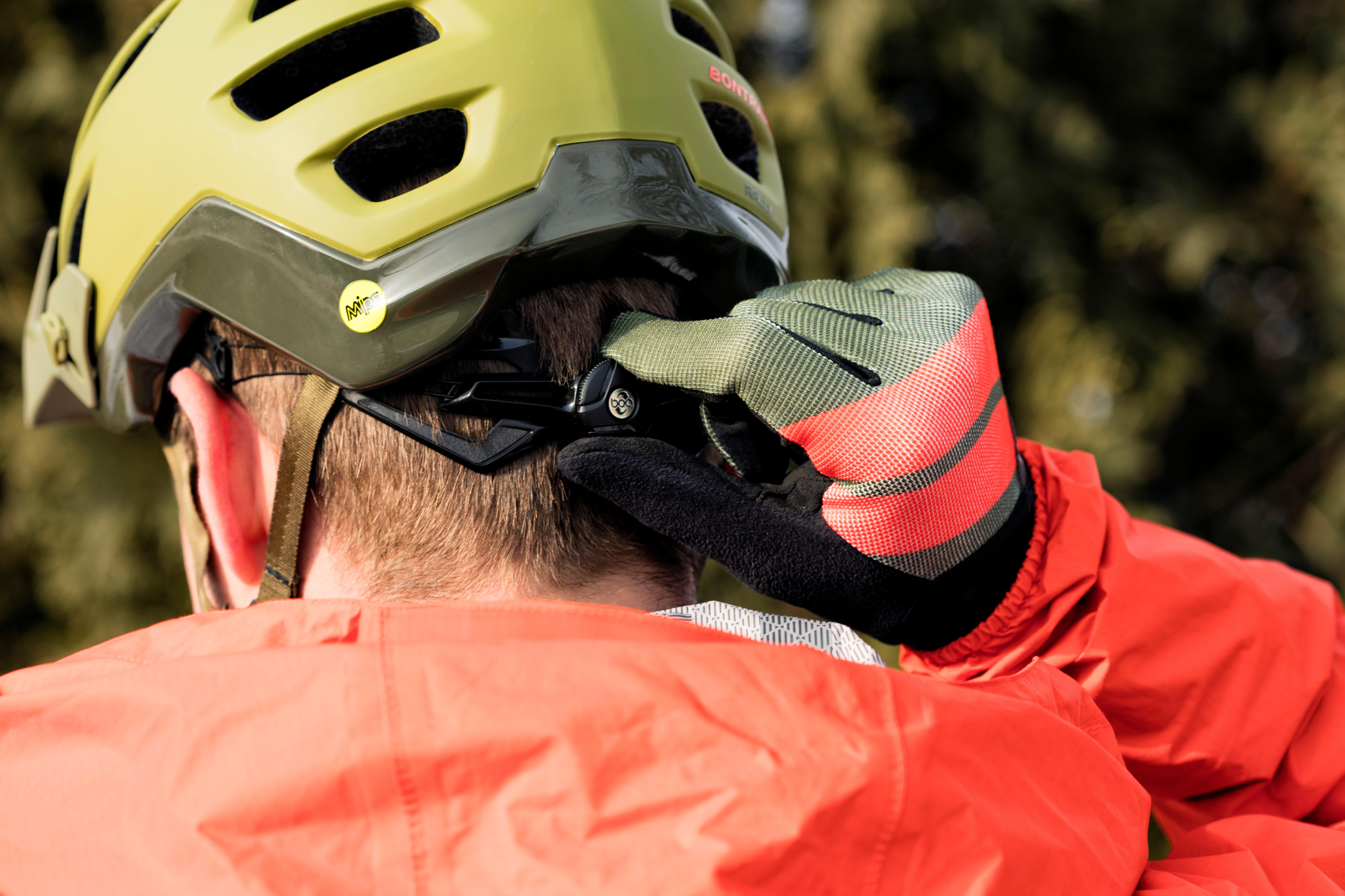 Bontrager_Helmet_&_Light_Mount_Detail-2673_mr