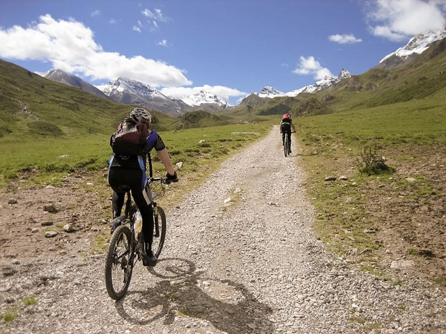 mtb-mountain-bike-alpine-transalp-mountains-cycling