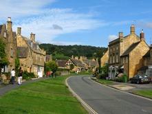 Broadway-village