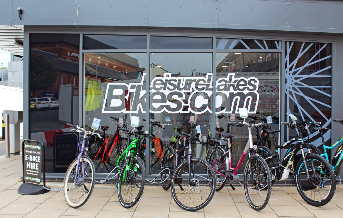 Leisure-Lakes-Bikes-Preston-Hub-12