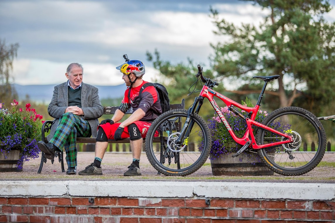 danny-macaskill-s-wee-day-out-5
