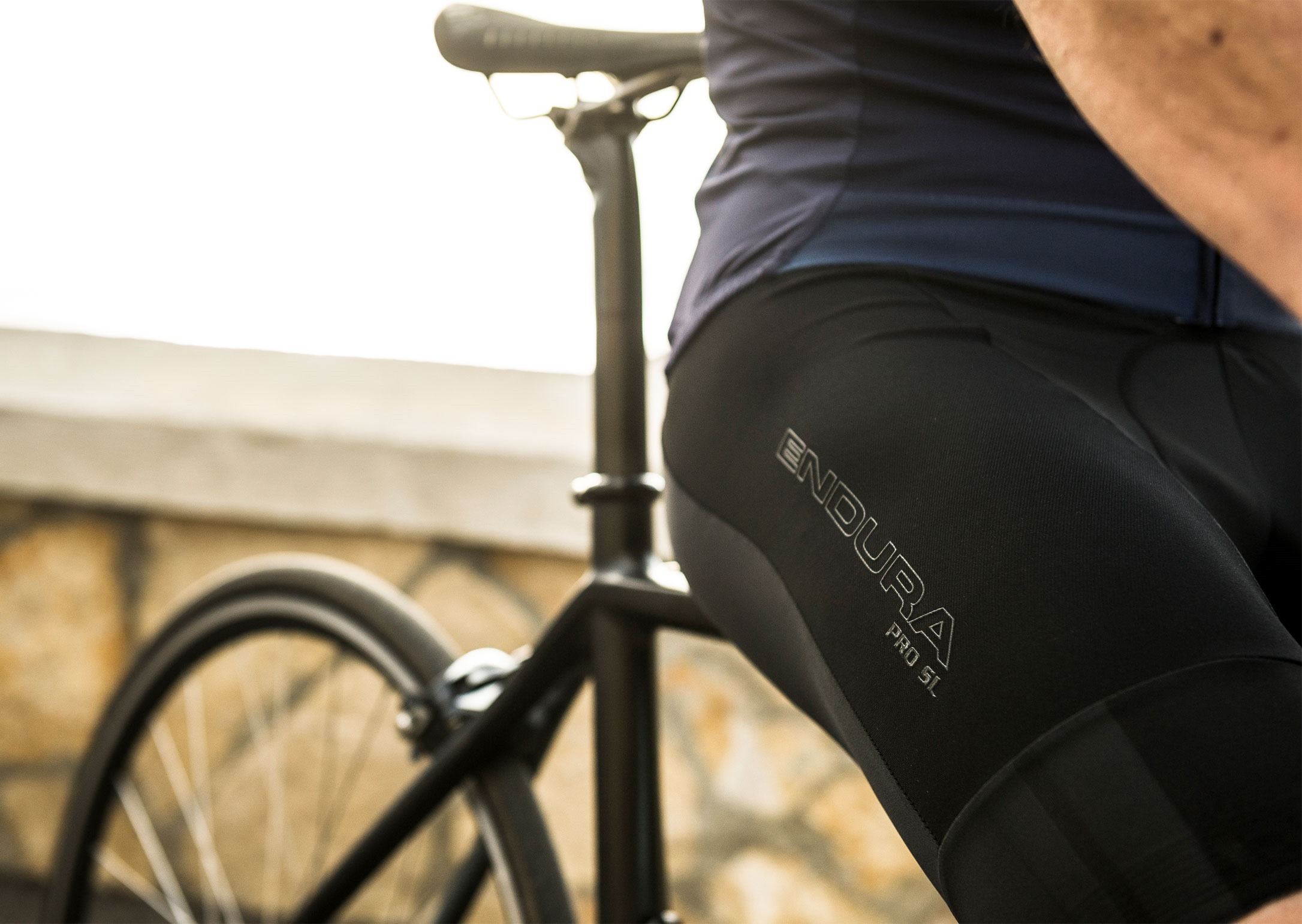 Endura-prosl-bibshort-1_thumb[2]