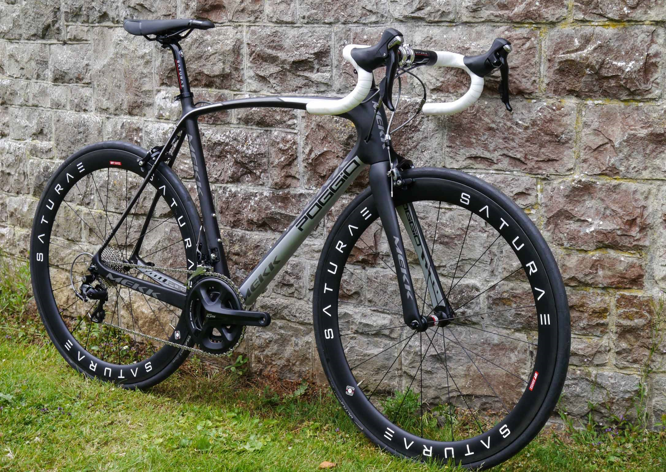 Mekk-bikes-poggio-road-bike-aero-bike-carbon-1