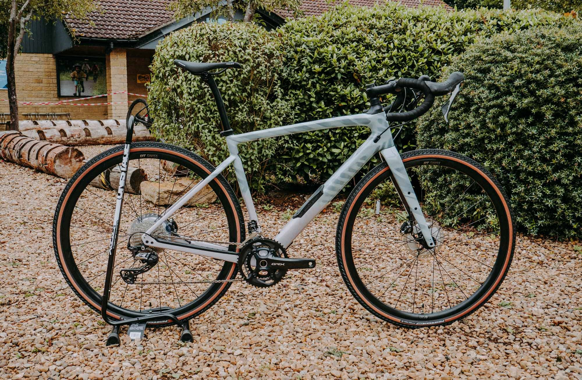 Specialized-Diverge-Gravel-Side-1