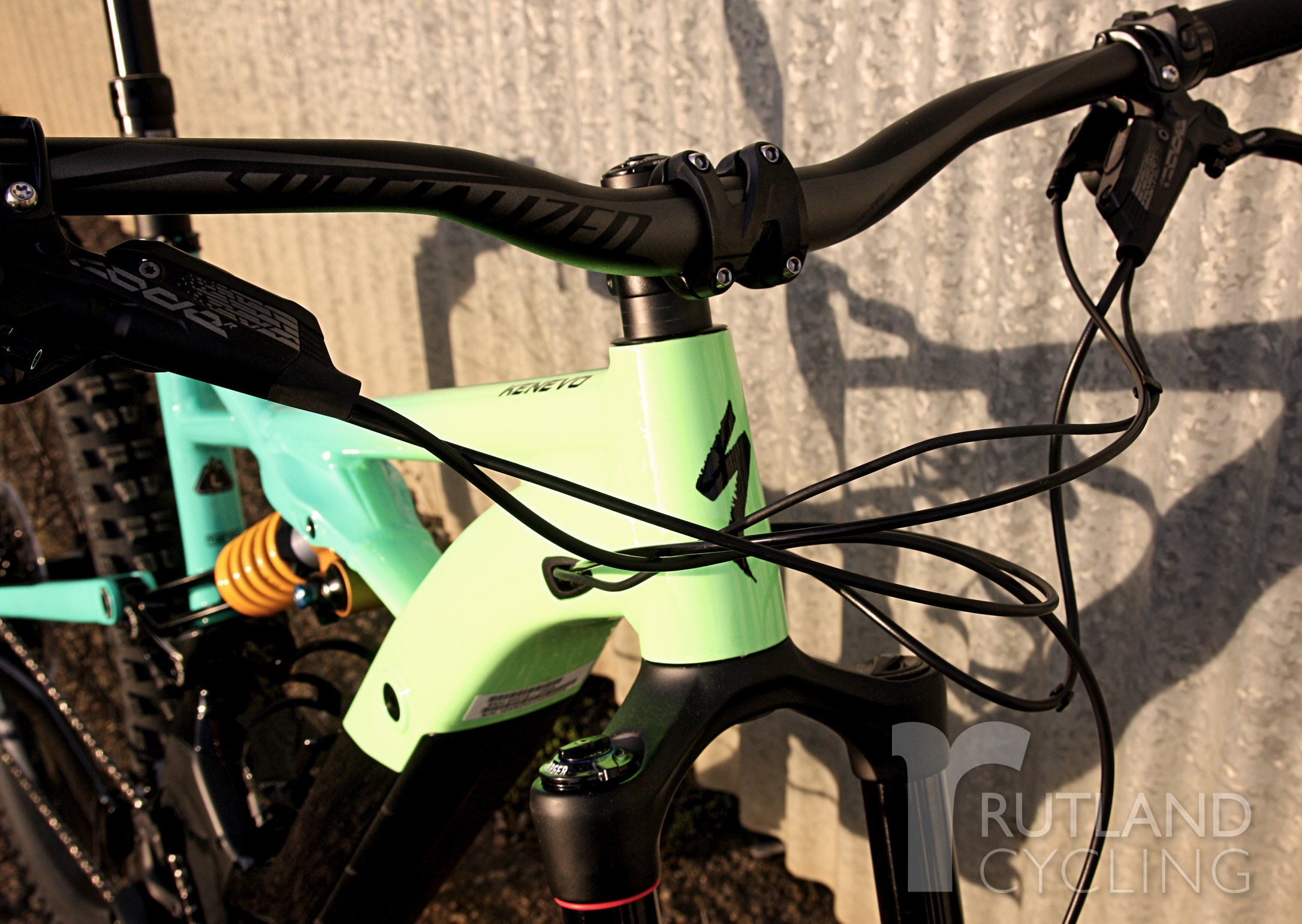 Specialized-Turbo-Kenevo-electric-bike-mountain-bike-hero