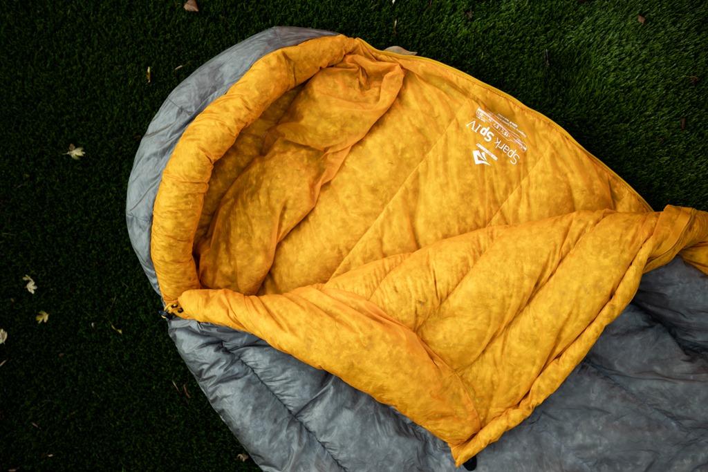 Spark sleeping bag opening