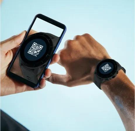 gps sports watch wireless syncing