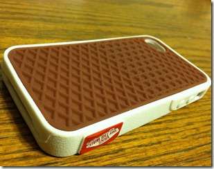 vans-iphone-4-case-01